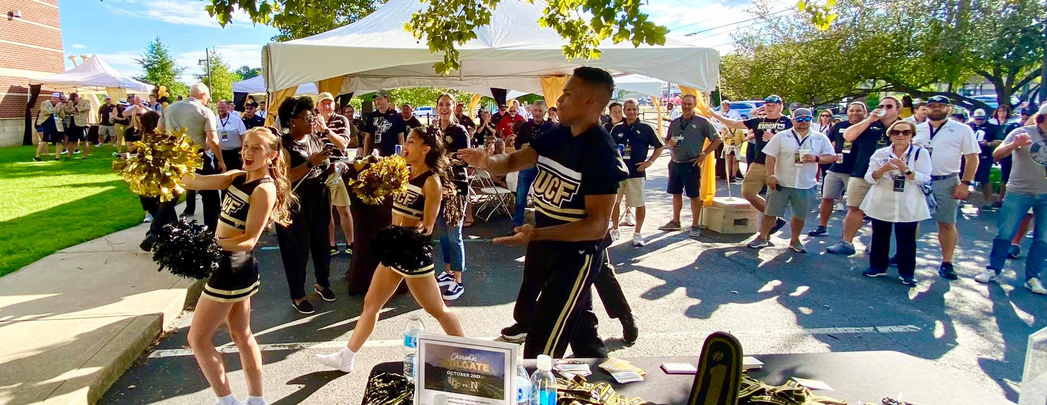 Cheerleader at UCF ChargeOn Tailgate event