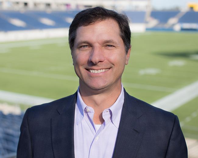 UCF Alumnus' Drive to Champion Orlando Leads to NFL Pro Bowl